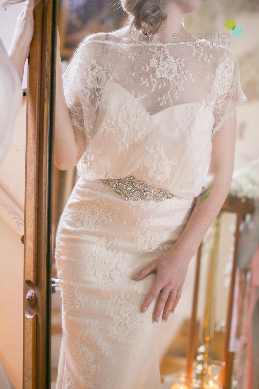 Niagara wedding florist_Toronto Wedding florist_Niagara weddings_ Toronto weddings_Eva Derrick Photography_floral crown_Ooh La La Designs_13