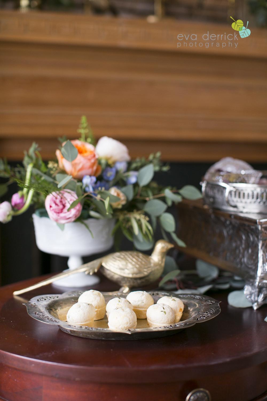 Niagara wedding florist_Toronto Wedding florist_Niagara weddings_ Toronto weddings_Eva Derrick Photography_floral crown_Ooh La La Designs_23