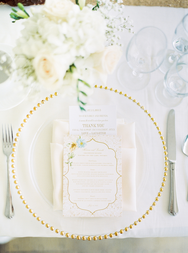Gracewood-Estate-Wedding-Photographer-Andrew-Mark - Ooh La La Designs_Niagara Wedding Florist_Kurtz Orchard Wedding Flowers-05