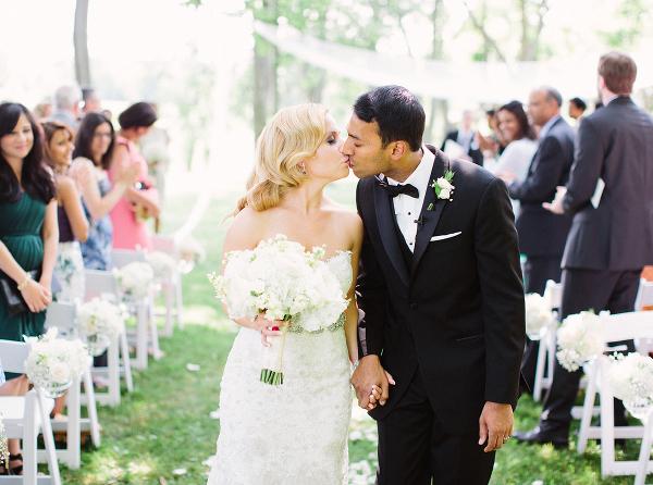 Gracewood-Estate-Wedding-Photographer-Andrew-Mark - Ooh La La Designs_Niagara Wedding Florist_Kurtz Orchard Wedding Flowers-11