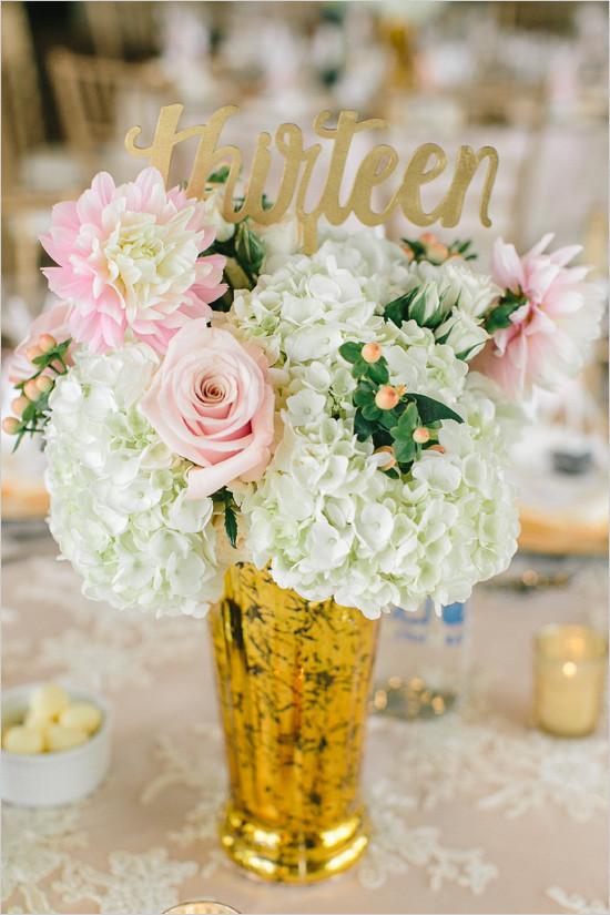 tablenumbercenterpiece@weddingchicks-550x825