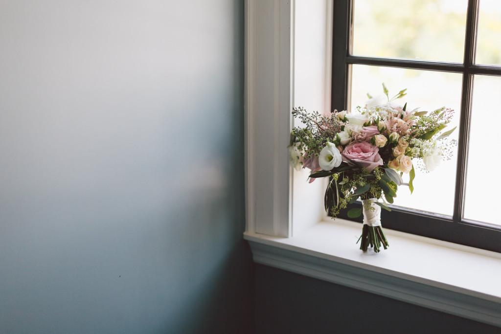 Niagara Wedding Florist_Ooh La La Designs_Toronto Wedding Florist_Purple Tree Photography_Holcim Estate 11